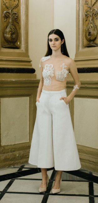 06_FW16_Pedro-Pires_pantalones-culotte-blancos